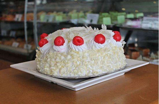 Picture of Annapurna Everest Cake 2lb
